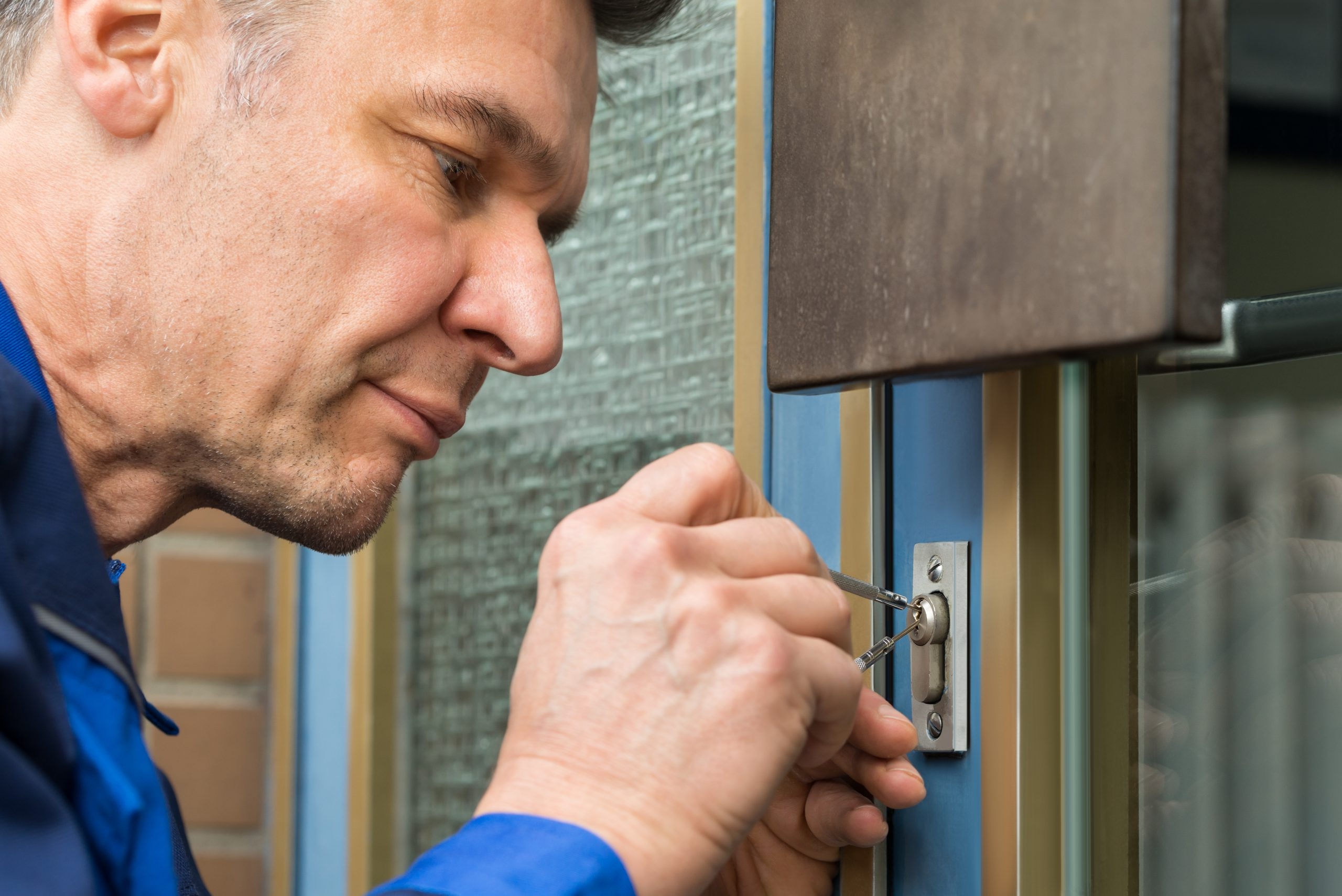 Zahlt die private Haftplichtversicherung den Schlüsseldienst?